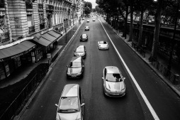 Traffic photographed from the Bir Hakeim bridge.